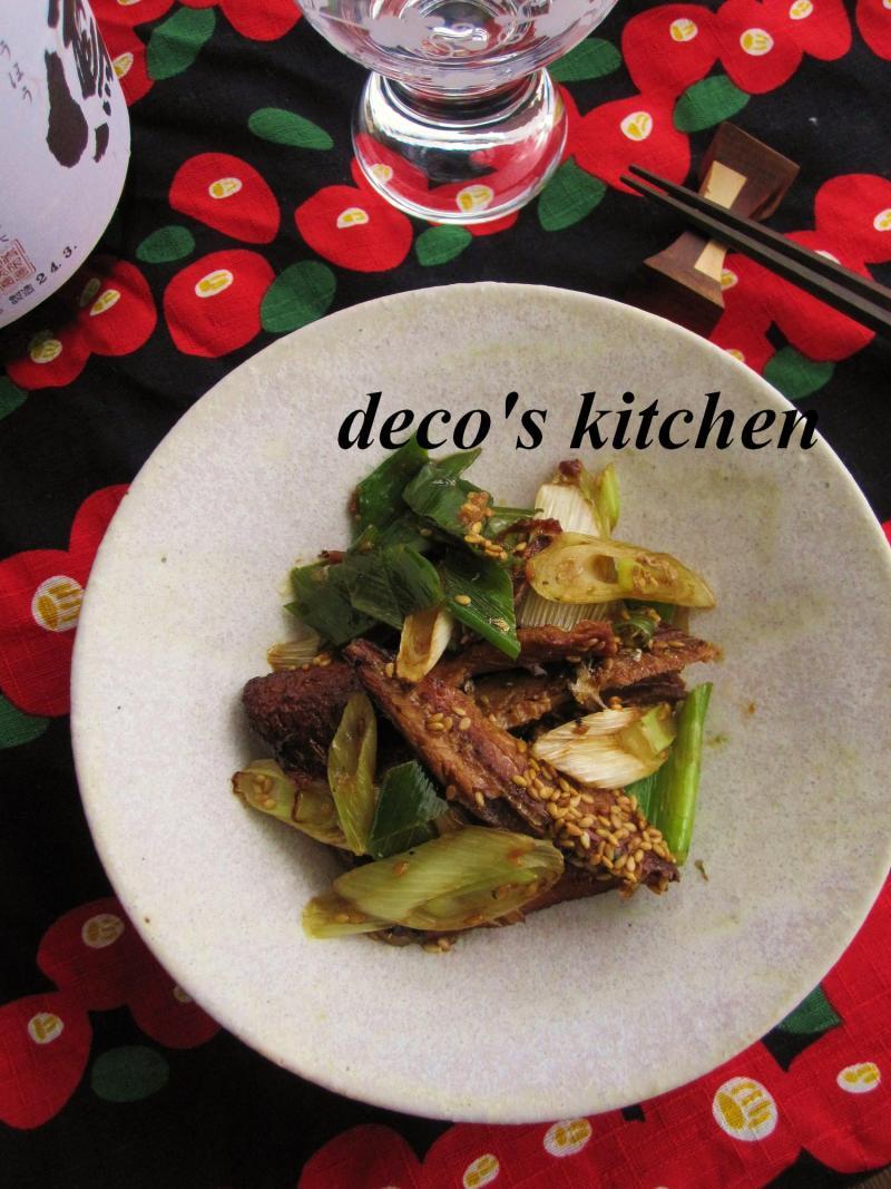 decoの小さな台所。-長ねぎとさんま蒲焼缶のさっと炒め1
