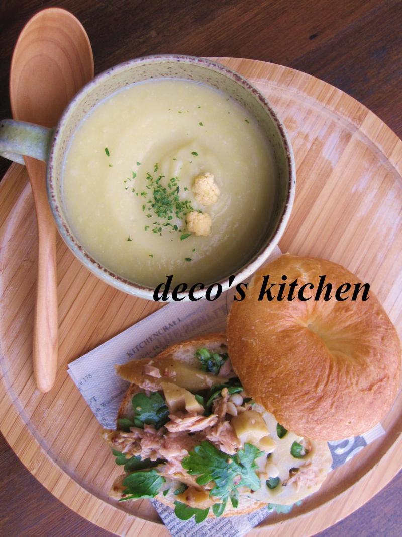 decoの小さな台所。-カリフラワーと里芋のポタージュ1