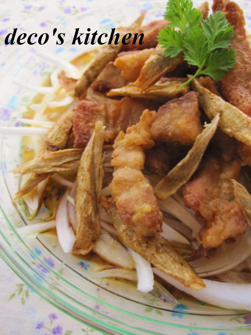 decoの小さな台所。-新玉ねぎと豚から揚げのマリネ5
