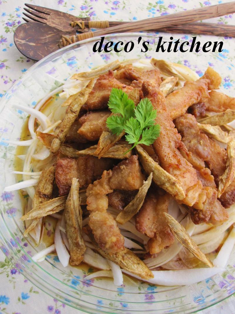 decoの小さな台所。-新玉ねぎと豚から揚げのマリネ2