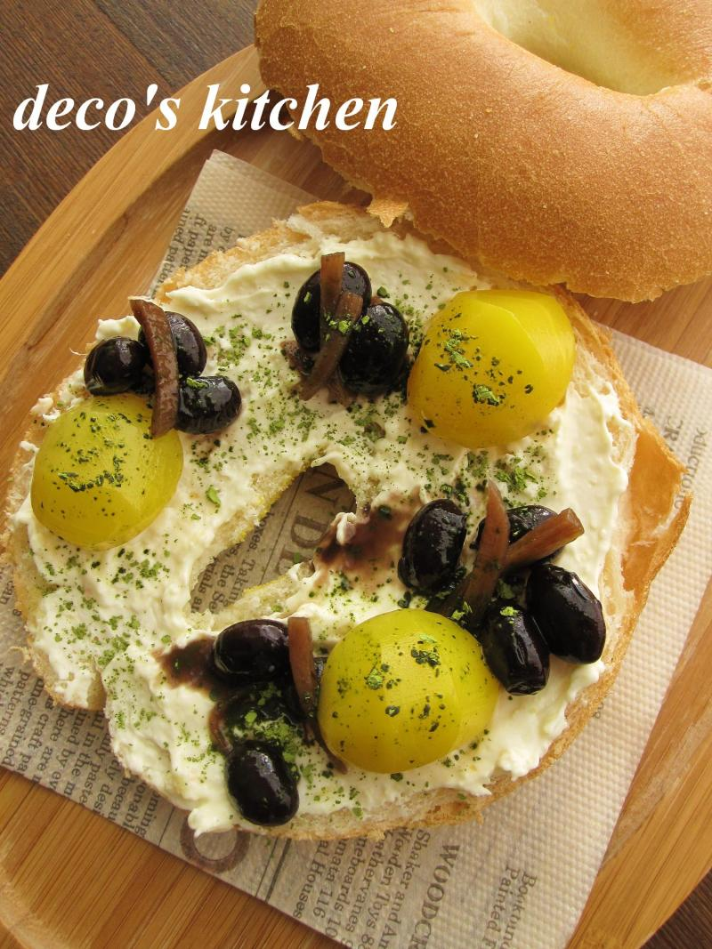 decoの小さな台所。-はちみつジンジャークリチと黒豆のサンド1