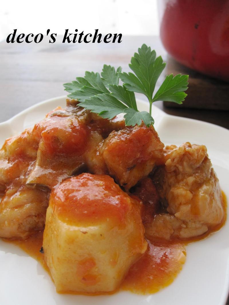 decoの小さな台所。-鶏肉と里いもの生姜トマト味噌煮込み2