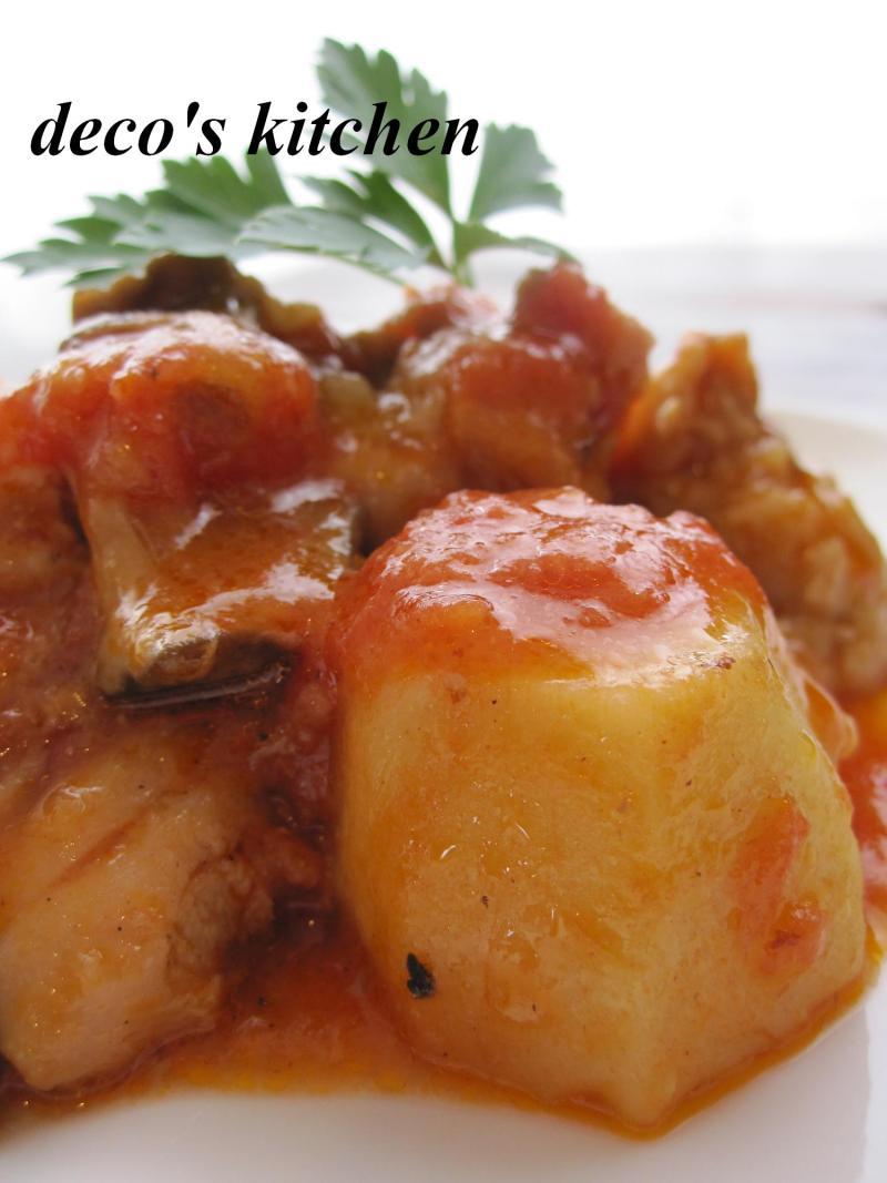 decoの小さな台所。-鶏肉と里いもの生姜トマト味噌煮込み3