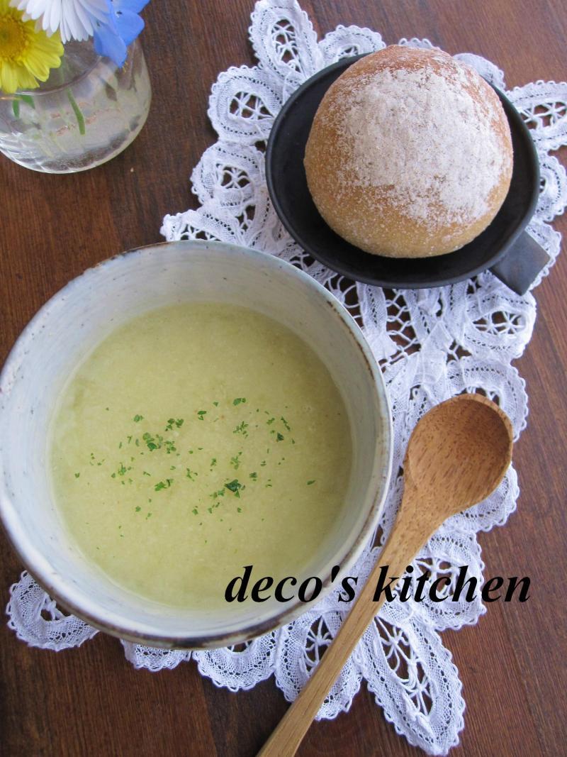 decoの小さな台所。-春キャベツと青大豆のポタージュ1