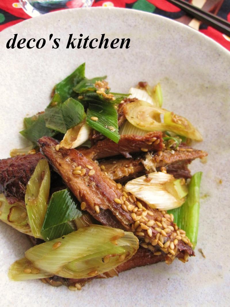 decoの小さな台所。-長ねぎとさんま蒲焼缶のさっと炒め3