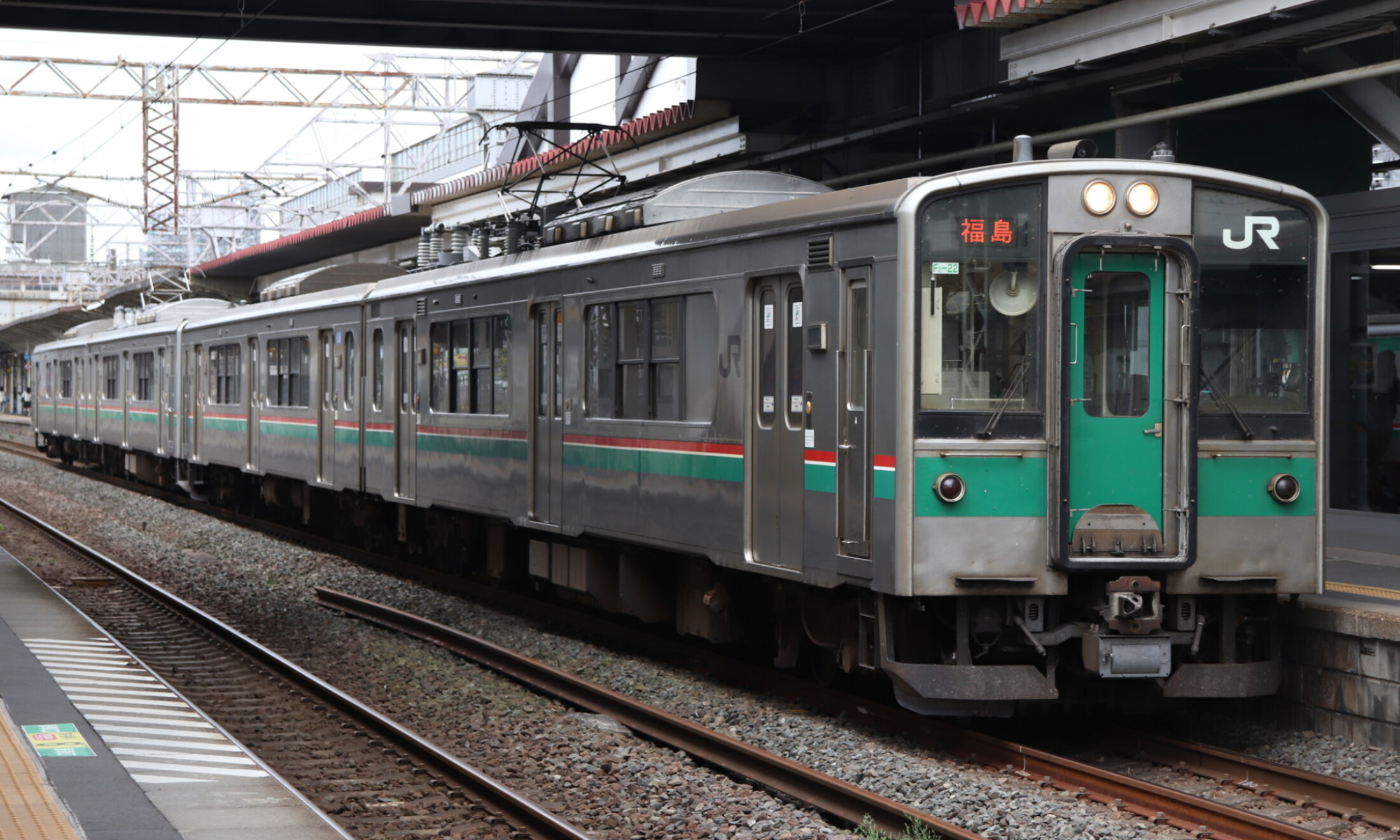 JR_East_701_Series(Tohoku_Line)
