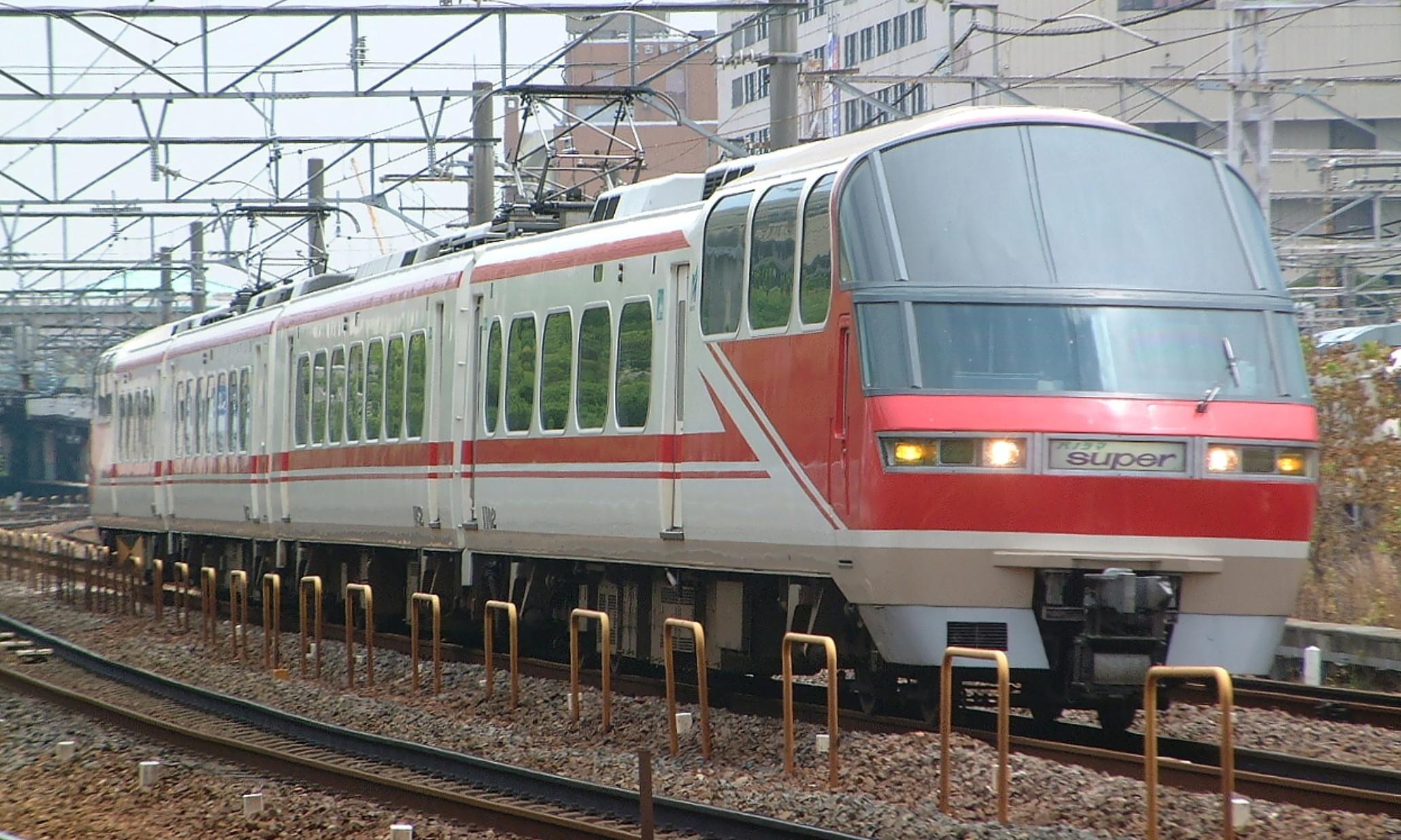 Meitetsu_1000_Series_Panorama_Super
