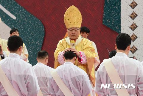 バ韓国に存在するのはカルト宗教のみ