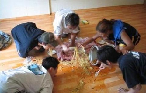 床ラーメンはバ韓国の伝統です