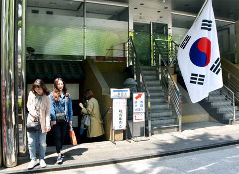 在外バ韓国塵どもの半数近くが投票できず