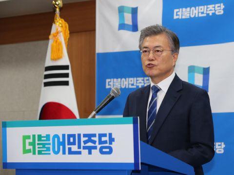日米から無視されるバ韓国の文在寅(ムン・ジェイン)大統領