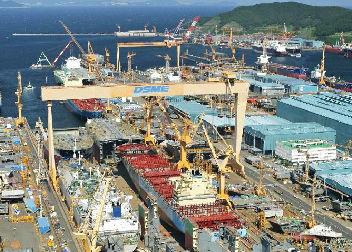 受注量が増えても赤字を増やし続けるバ韓国の造船業界
