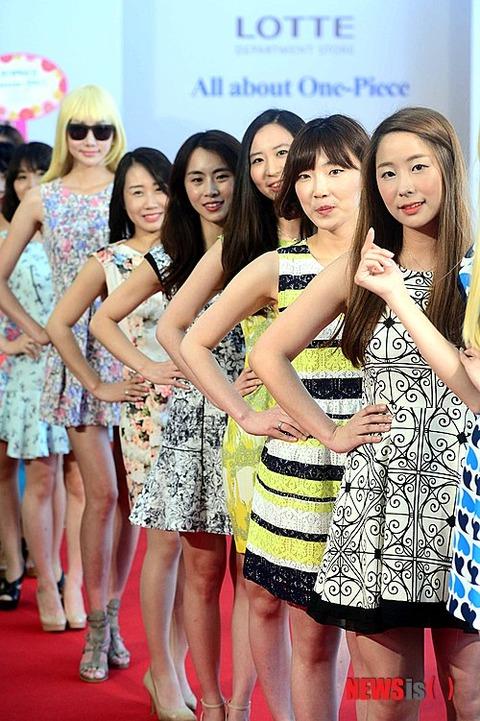 見事に不細工揃いの韓国ファッションモデルww