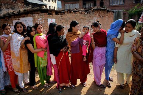 ネパールで人身売買を行う屑チョンに死を!