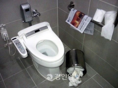 バ韓国のトイレはカオス