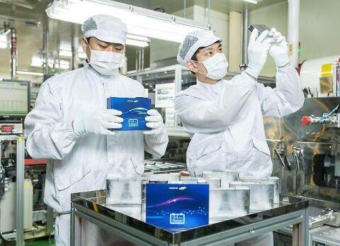 バ韓国製のバッテリーはただの危険物です