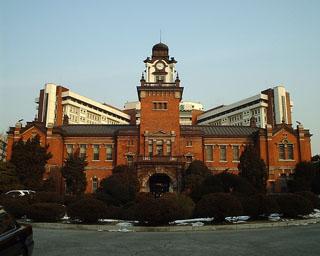 バカの巣窟、バ韓国のソウル大学