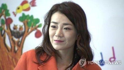 バ韓国・ナッツ婆の醜い妹