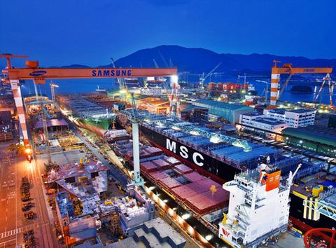 鉄屑製造を行うサムスン重工業