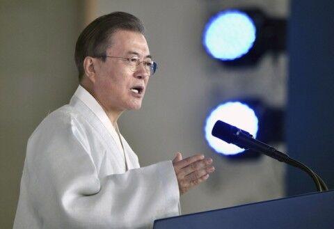バ韓国経済を破壊する文大統領