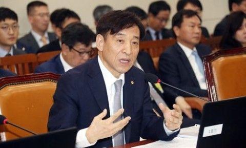 バ韓国銀行の李柱烈