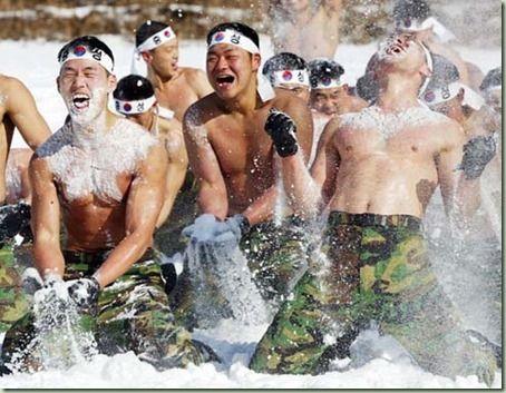 実戦では役立たずのバ韓国兵士ども