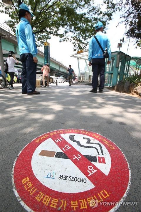 屑チョンに禁煙区域を守れるワケがありません
