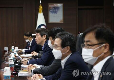 バ韓国塵は嘘をつかないと死ぬ生き物です