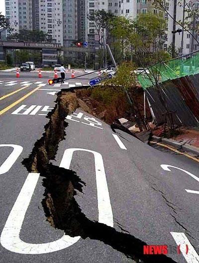 土地も政治も何もかも崩壊まっしぐらのバ韓国