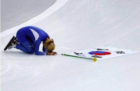 土下座したバ韓国のキム・ボルム選手が入院