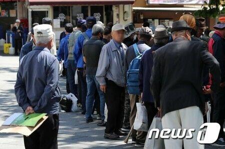 バ韓国で孤独死が急増中