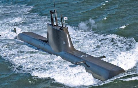 チョン海軍の最新鋭潜水艦「鄭地艦」