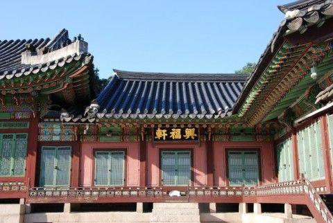 セメントで文化財を復元するのがバ韓国流