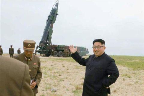 北のミサイル攻撃に無策なバ韓国政府