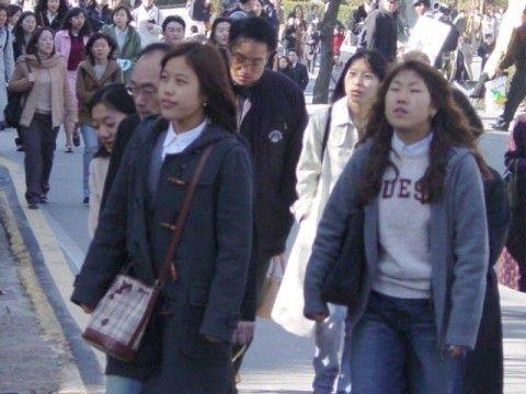 親北団体に吸収されるバ韓国の大学生ども