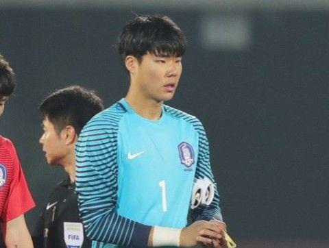 バ韓国のサッカー代表・ソンなんちゃら