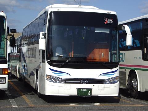 日本にも存在するバ韓国製の観光バス