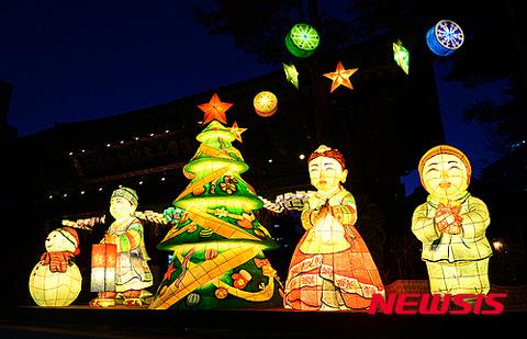 チープで不細工なバ韓国のクリスマスオブジェ