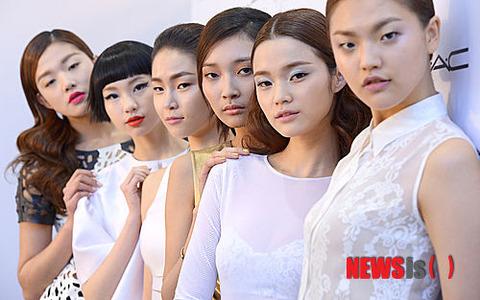 不細工すぎて皆同じ顔に見えるバ韓国塵ども