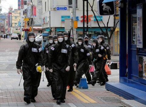 マスクで顔を隠してもバ韓国塵の醜さは宇宙一!