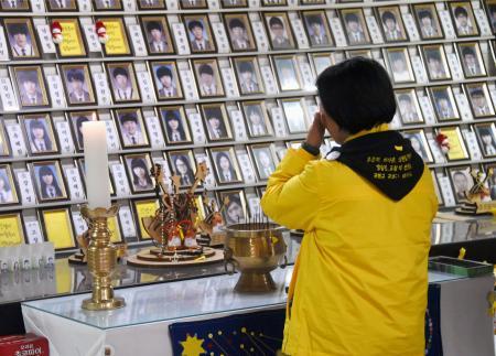 バ韓国で遺影の撮影が流行中