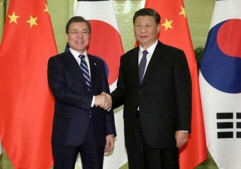 全力で習近平にゴマをするバ韓国のキチガイ文大統領