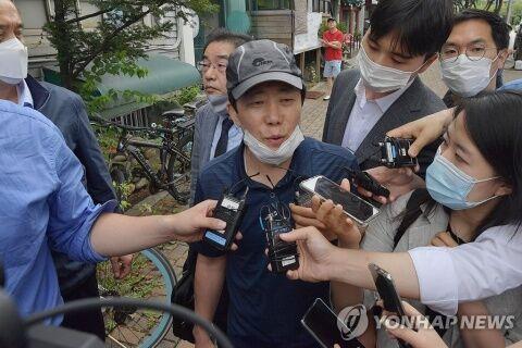 バ韓国の脱北者団体も寄付金横領しまくりww