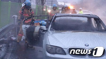バ韓国塵の性格のせいで炎上するBMW