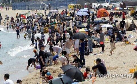 バ韓国の海水浴場は宇宙イチ臭くて汚い