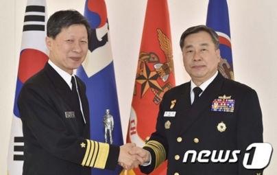 日本の海上幕僚長とバ韓国海軍トップの会談に北チョンがイチャモン