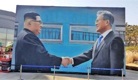 北朝鮮に国を売り渡す気マンマンのバ韓国文大統領