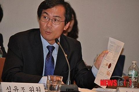日本の嫌韓感情にビビリまくるのキム・ヨンウ議員