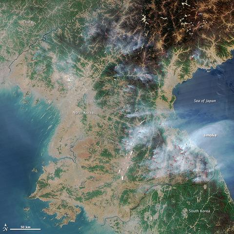 ちゃんと「日本海」と表記されているNASAの衛星写真