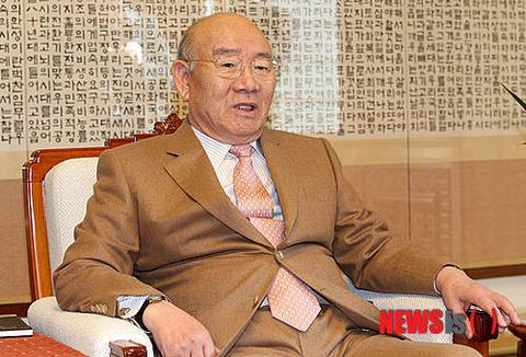 不正蓄財を没収されたバ韓国元大統領の全斗煥